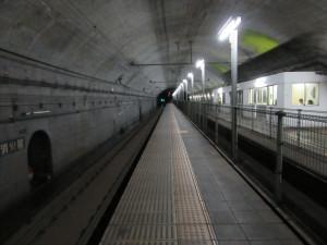 【画像】下り地下ホーム2