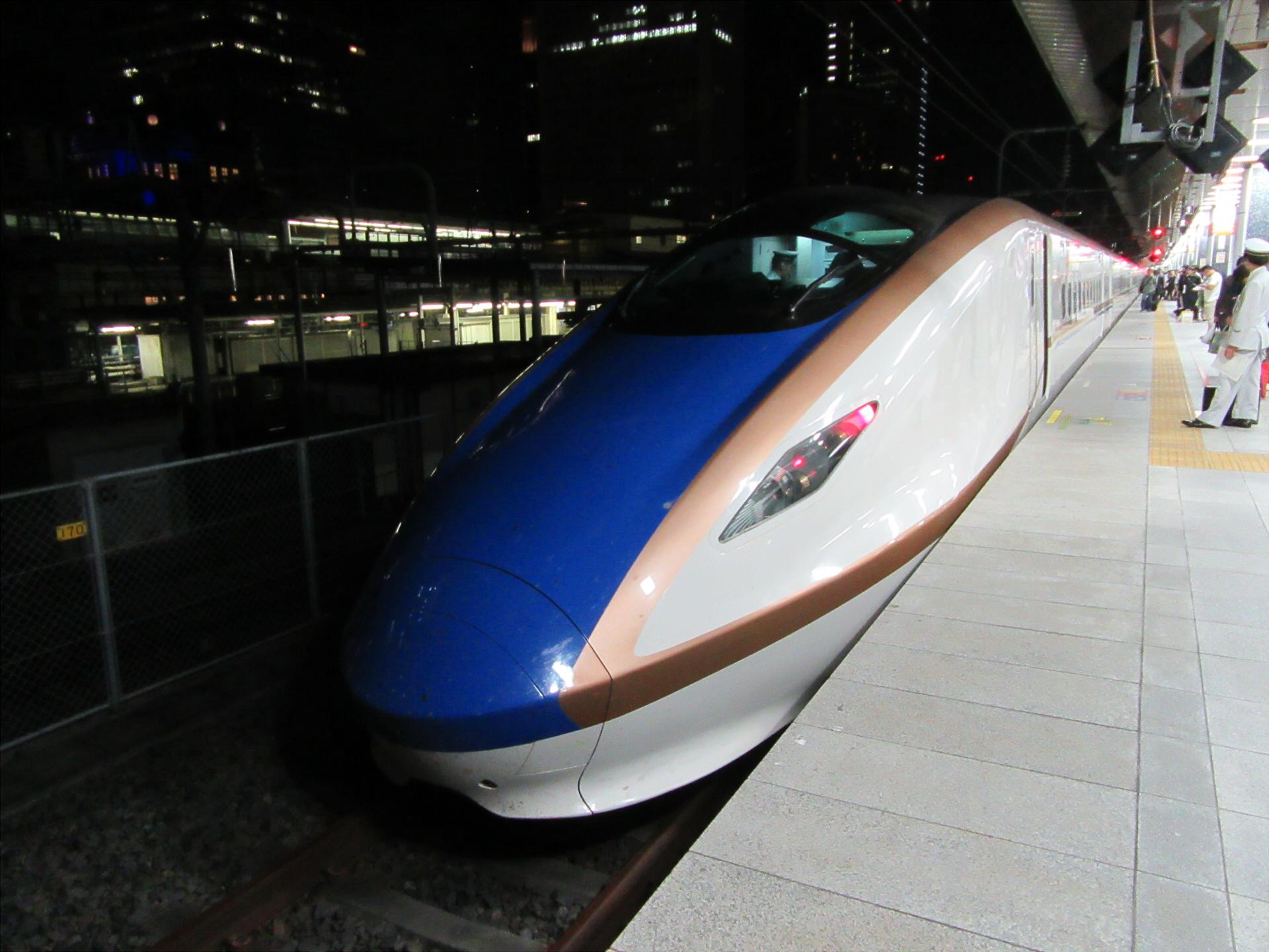 【画像】東京駅に到着した「はくたか」