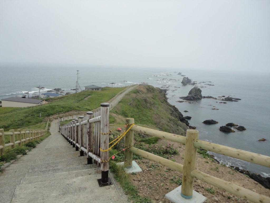 【画像】襟裳岬先端へ続く道