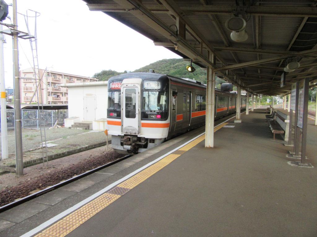 【画像】JR参宮線 二見浦駅