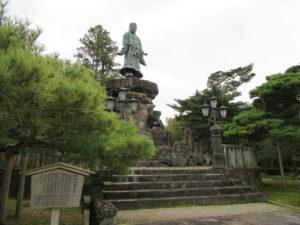 【画像】兼六園 日本武尊(やまとたけるのみこと)の像