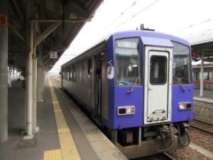 関西本線・加茂行き(亀山駅にて)
