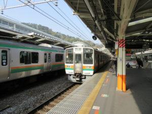 東海道本線ホーム(熱海駅にて)