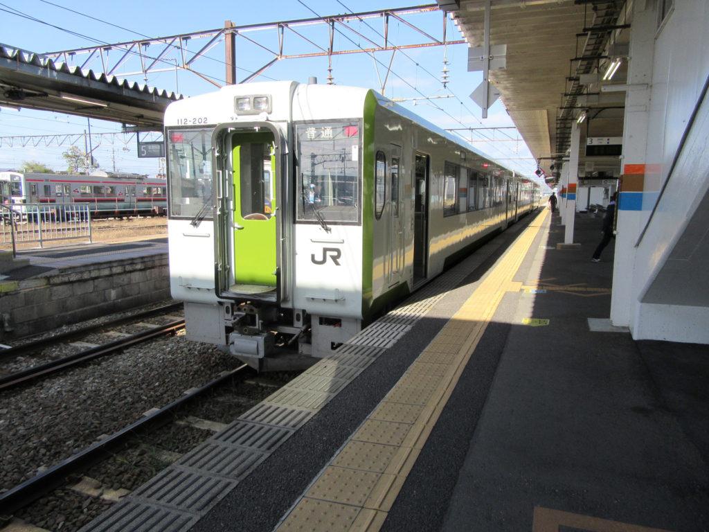 磐越西線・野沢行き(会津若松駅にて)