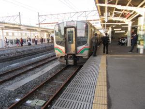 磐越西線・郡山行き(会津若松駅にて)