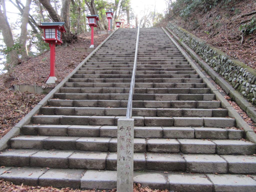 高尾山薬王院参道 百八段階段