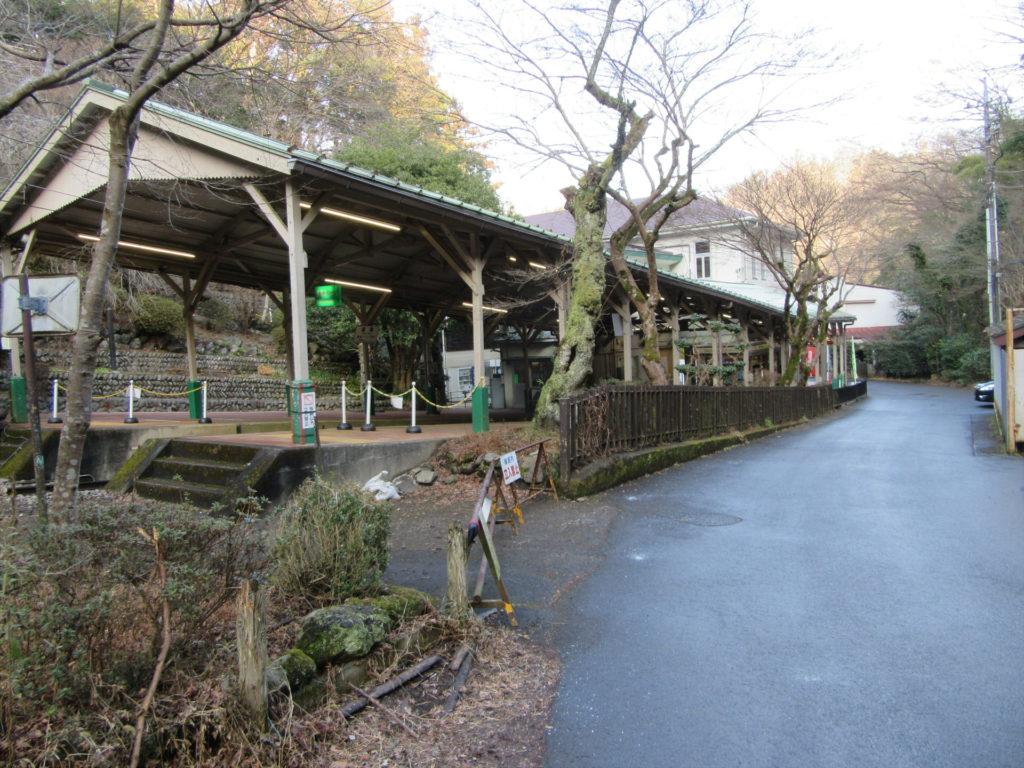 高尾登山鉄道 ケーブルカー清滝駅付近