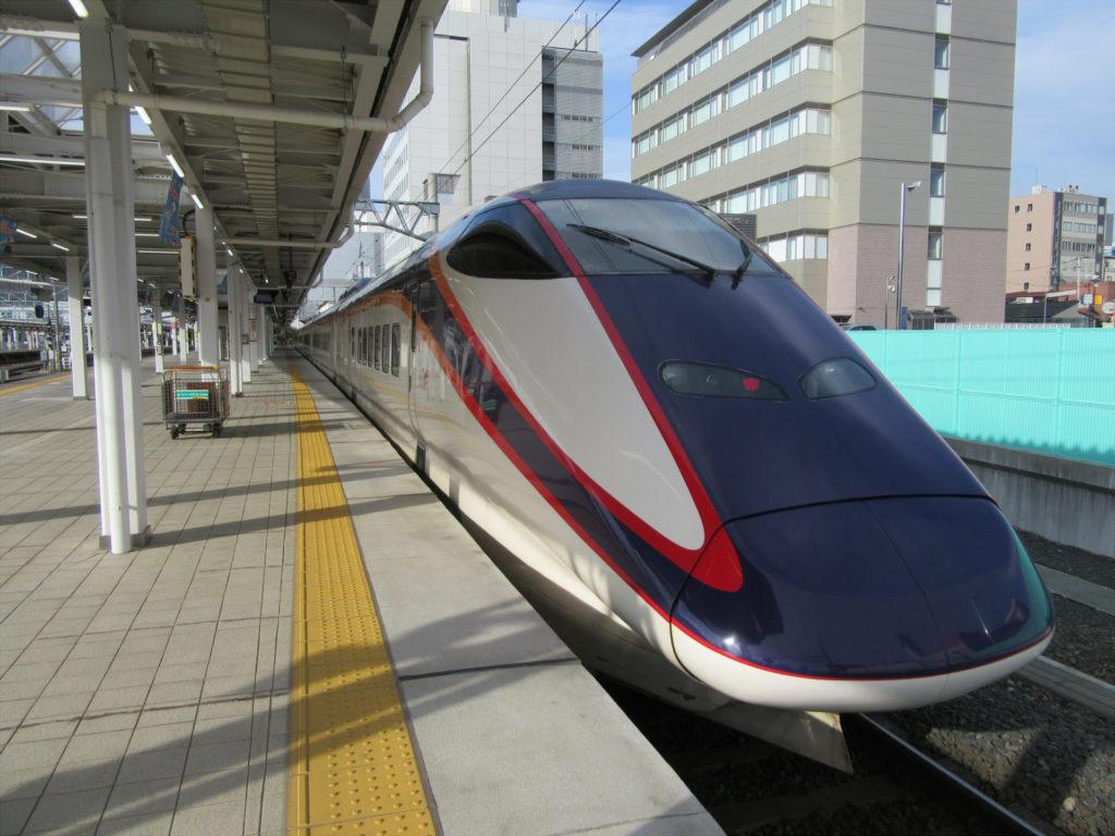 山形新幹線つばさ 東京行き